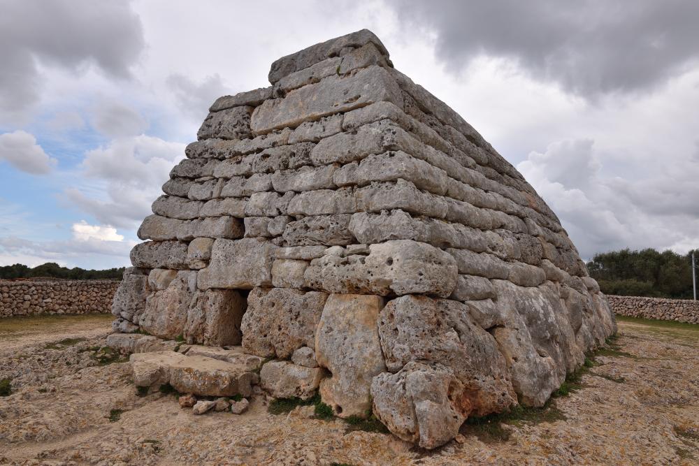 Naveta de Tudons Ciutadella Menorca